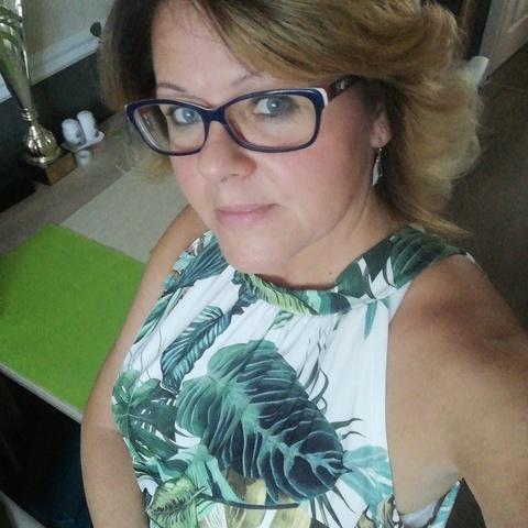 Heni, 45 éves társkereső nő - Miskolc