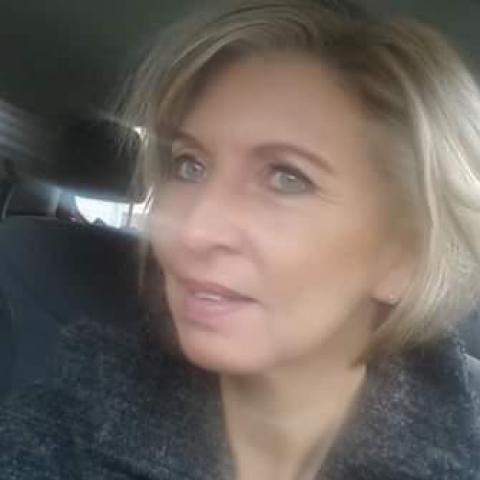 Viola, 48 éves társkereső nő - Balassagyarmat