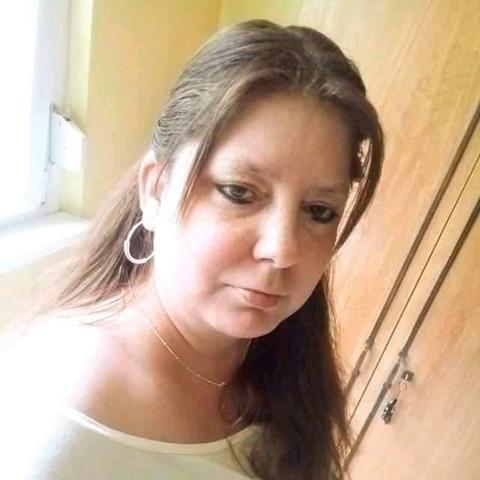 Krisztina, 41 éves társkereső nő - Dunakeszi
