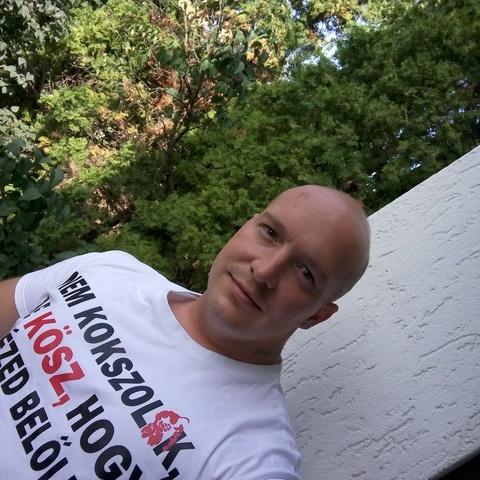 Ádám , 34 éves társkereső férfi - Gyöngyös