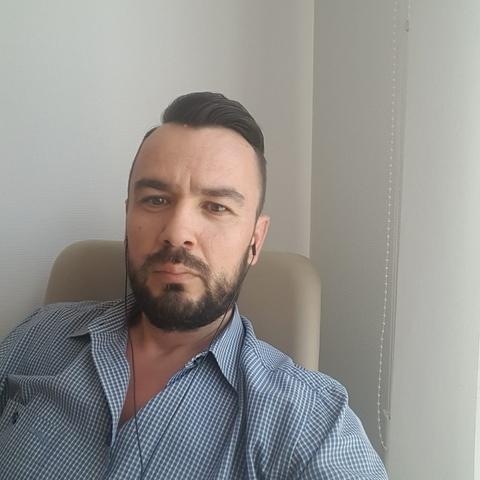 András, 43 éves társkereső férfi - Miskolc