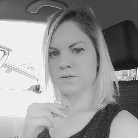Tímea, 34 éves társkereső nő - Budapest