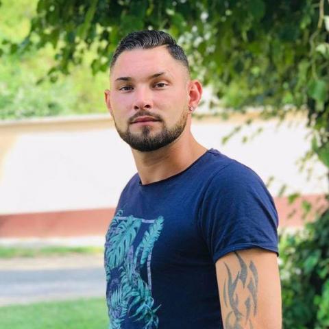 Renátó, 30 éves társkereső férfi - Baks