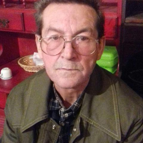 Pisti, 64 éves társkereső férfi - Báta