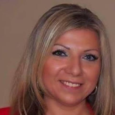 Krisztina, 39 éves társkereső nő - Eger