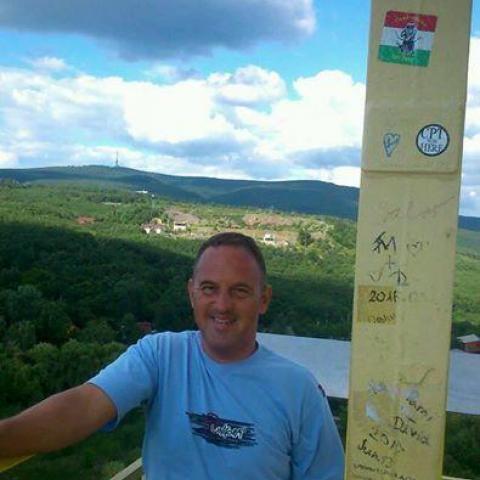 Gyula, 40 éves társkereső férfi - Jászberény