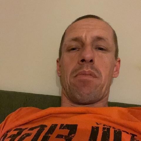 András, 38 éves társkereső férfi - Ócsa