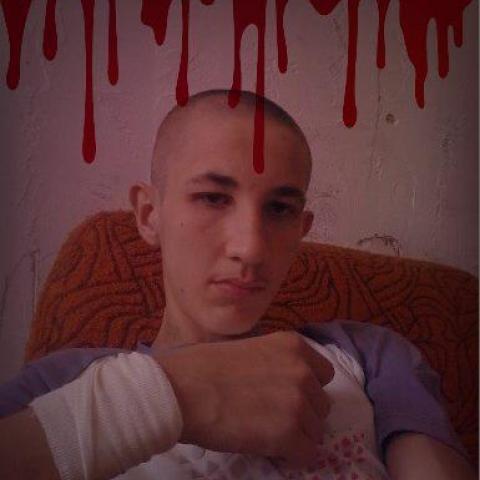 Zoltán, 20 éves társkereső férfi - Tolna