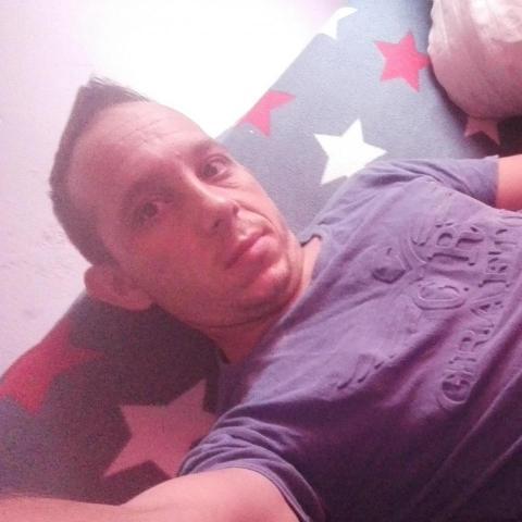 Ricsi, 30 éves társkereső férfi - Miskolc