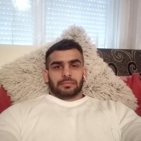 Jozsef, 34 éves társkereső férfi - Kazincbarcika