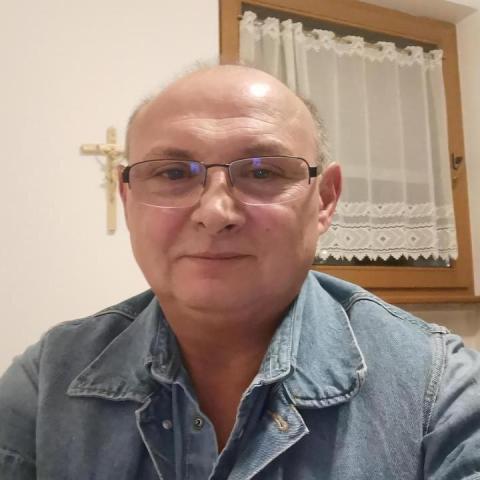 Csaba, 59 éves társkereső férfi - Siófok