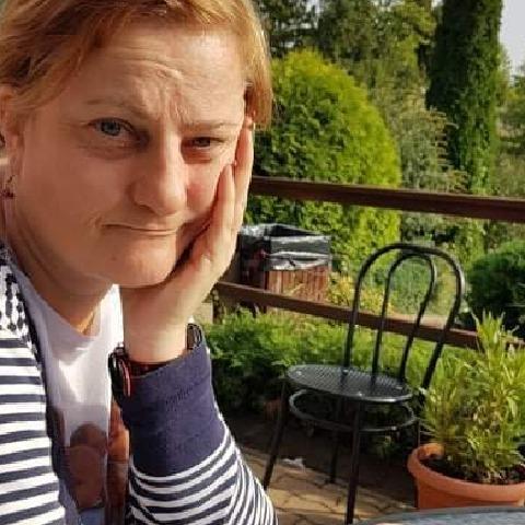 Renáta, 45 éves társkereső nő - Gyöngyössolymos