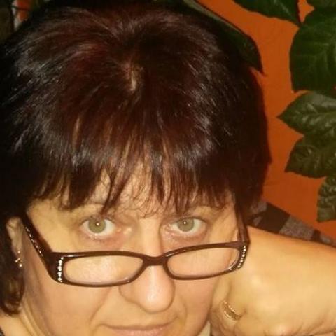 Teréz, 51 éves társkereső nő - Vál