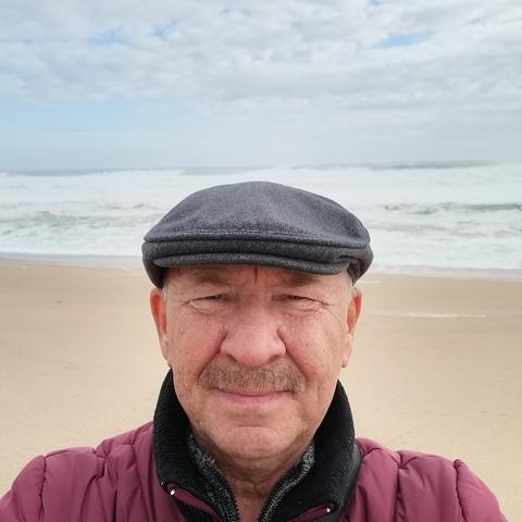 Tibor , 61 éves társkereső férfi - Szolnok
