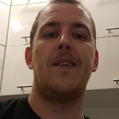 Gábor, 31 éves társkereső férfi - Dunaújváros