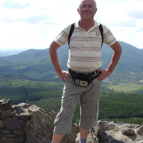 János, 67 éves társkereső férfi - Sajószentpéter