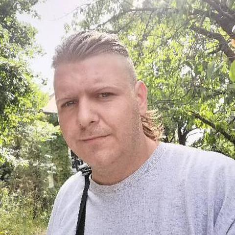 István, 30 éves társkereső férfi - Martonvásár