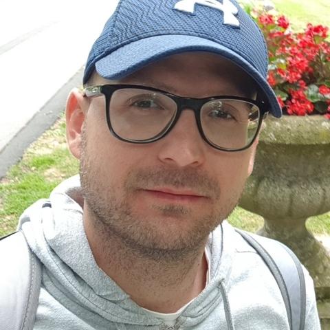 Balázs , 34 éves társkereső férfi -