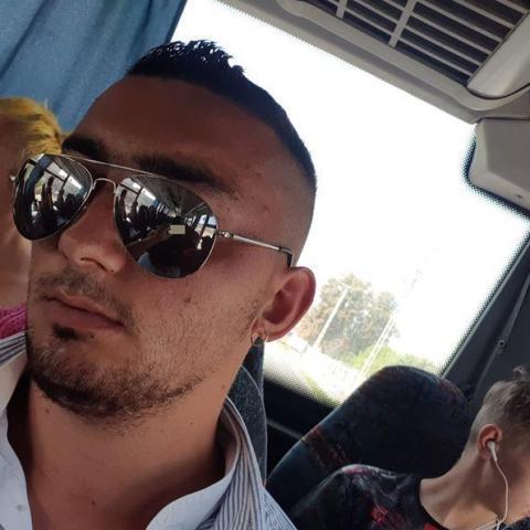 Gergely, 27 éves társkereső férfi - Rakacaszend