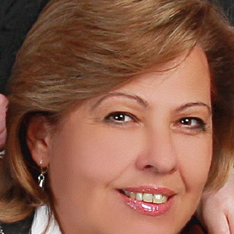 Móni, 58 éves társkereső nő - Szeged