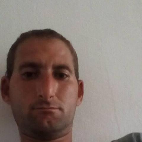 József, 25 éves társkereső férfi - Szekszárd
