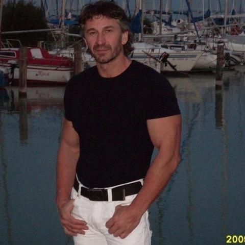 Gyula, 54 éves társkereső férfi - komárno