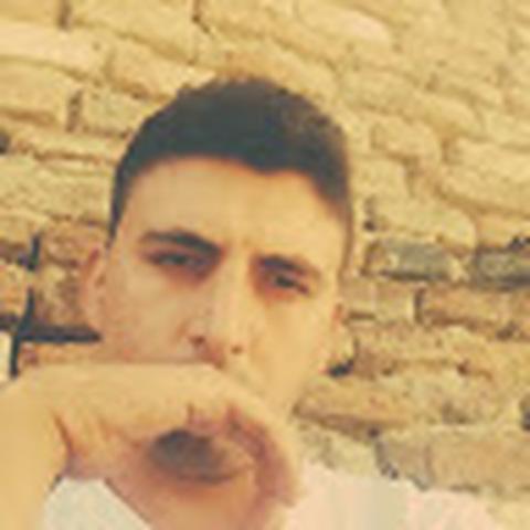 Alexandru, 27 éves társkereső férfi - Sibiu