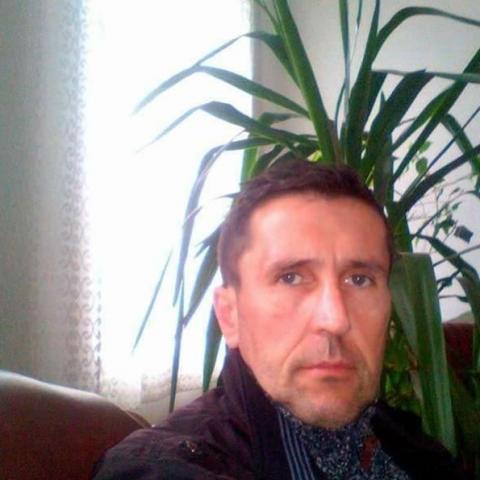 Robert, 45 éves társkereső férfi - harghita