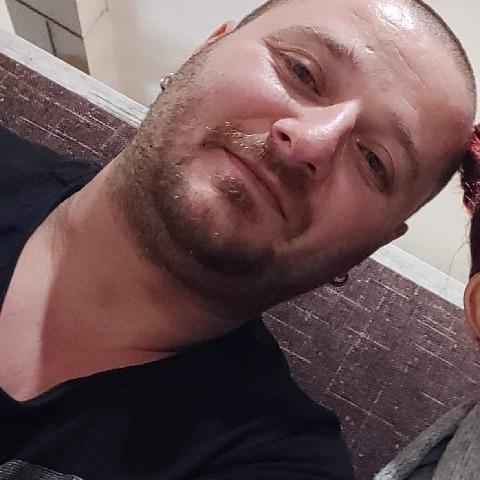 János, 35 éves társkereső férfi - Bagod