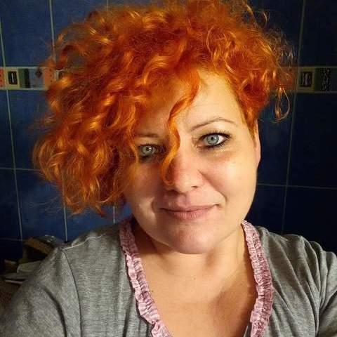 Mónika, 40 éves társkereső nő - Újszentiván