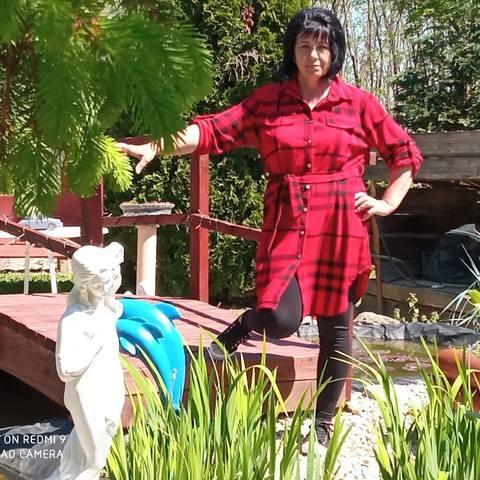 Piroska, 53 éves társkereső nő - Szelevény