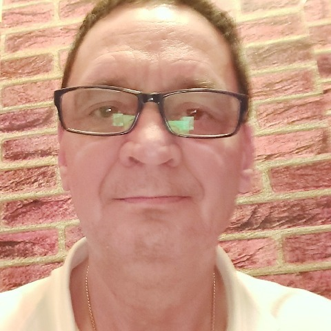 Tibor, 57 éves társkereső férfi - Százhalombatta
