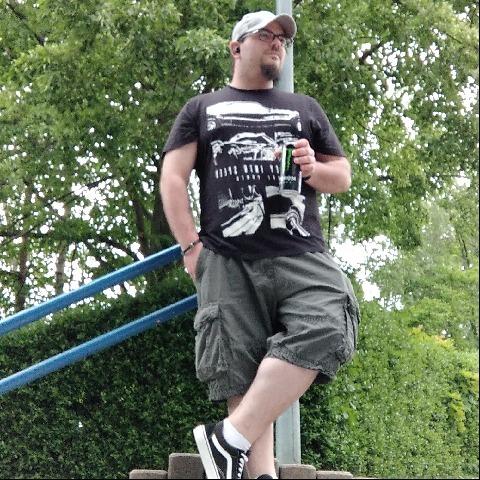 Tibor, 28 éves társkereső férfi - Békéscsaba