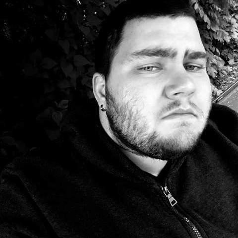 Roland, 23 éves társkereső férfi - Nyíradony