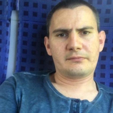 tamás, 33 éves társkereső férfi - Balatonmáriafürdő