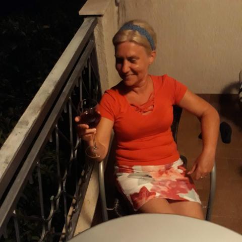 Kornèlia, 51 éves társkereső nő - Pécs