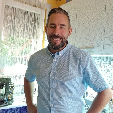 Dezsi, 39 éves társkereső férfi - Szigetszentmiklós