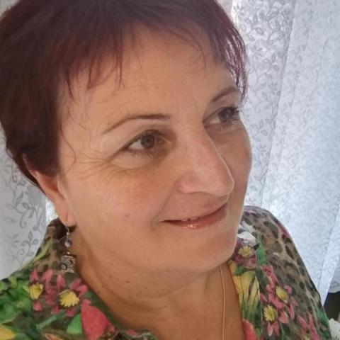 Ágnes, 58 éves társkereső nő - Velence