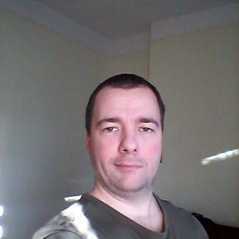 Dávid, 37 éves társkereső férfi - Boldog