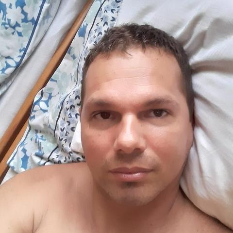 Jenő, 32 éves társkereső férfi - Debrecen