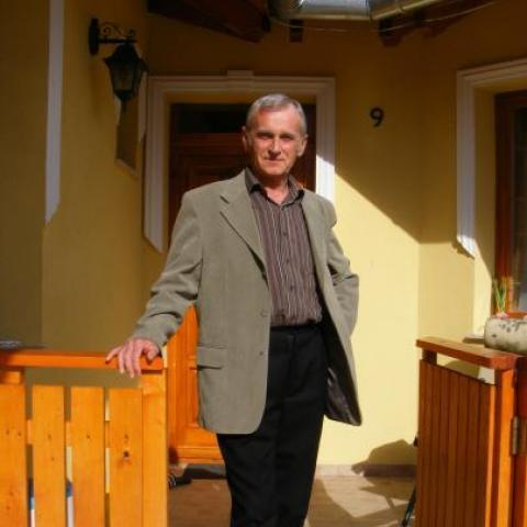 József, 70 éves társkereső férfi - Miskolc
