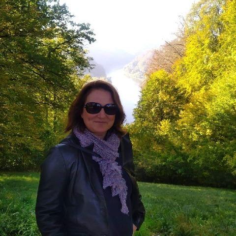 Eszter, 42 éves társkereső nő - Székesfehérvár