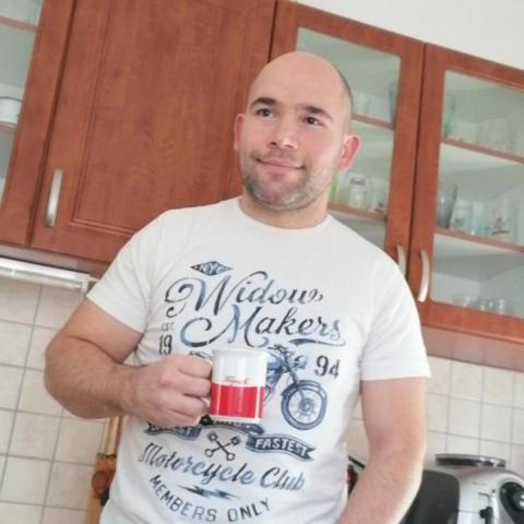 Gábor, 40 éves társkereső férfi - Győr