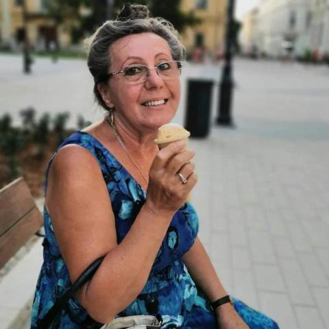 Anna, 66 éves társkereső nő - Tordas