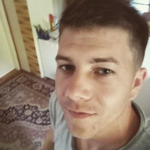 Péter , 33 éves társkereső férfi - Körösszakál
