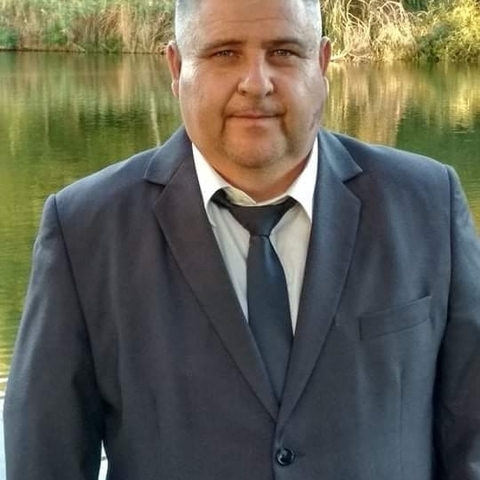 Péter, 47 éves társkereső férfi - Báta