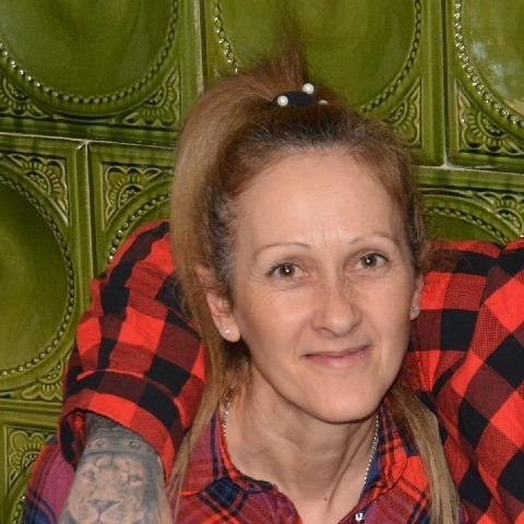 Évi, 49 éves társkereső nő -
