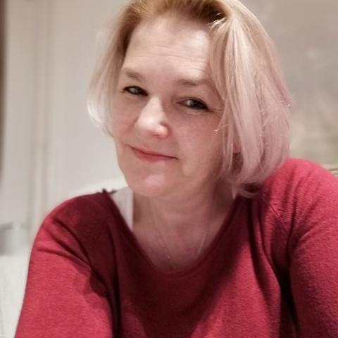 Adél, 46 éves társkereső nő - Krems an der Donau