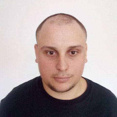 Edvin, 29 éves társkereső férfi - Úrhida