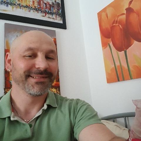 Sandor, 46 éves társkereső férfi - Szabadbattyán